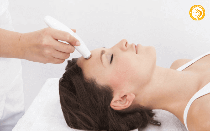Remove hair from Laser hair removal therapy